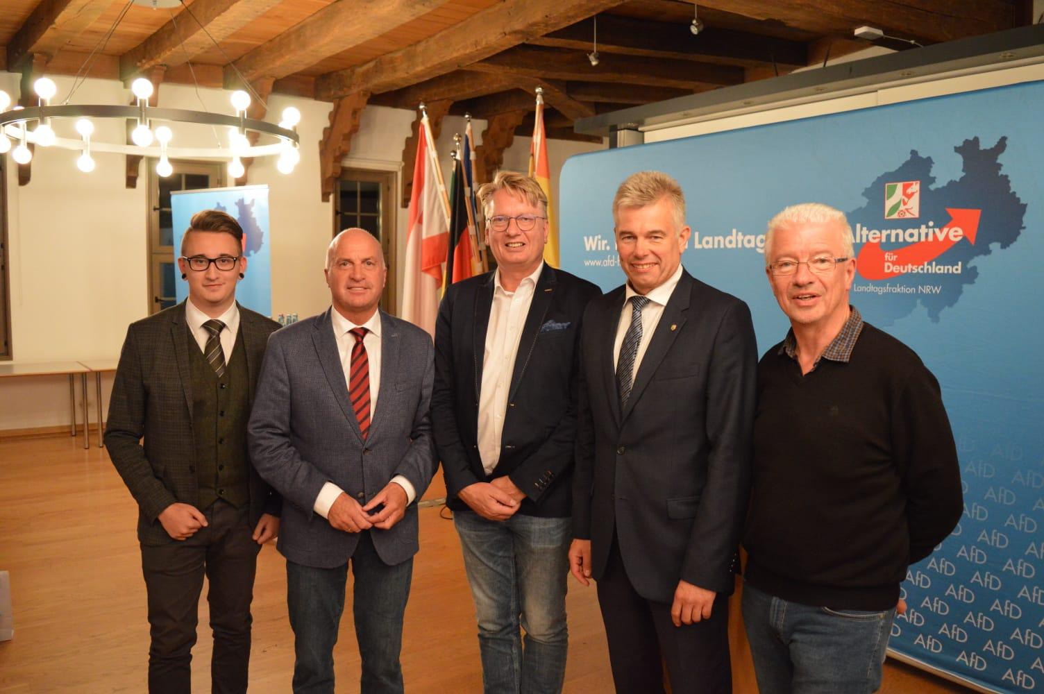 AfD Höxter blickt auf interessanten Bürgerdialog im Rathaus zurück